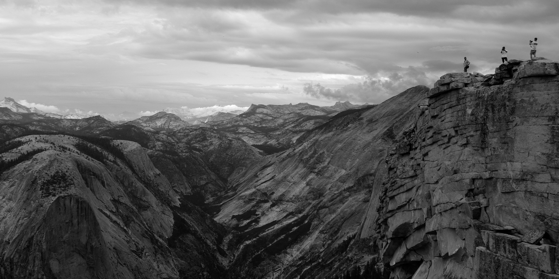 mountains_bw